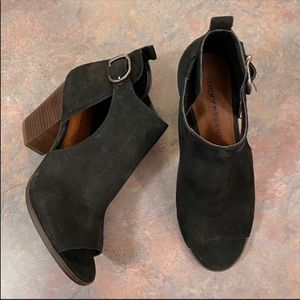 Lucky Brand Black Suede Oona Ankle Boots Size 7.5